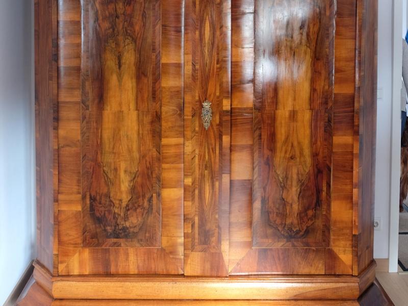 Zweitüriger Barockschrank in restauriertem Zustand | Restaurierung Beer