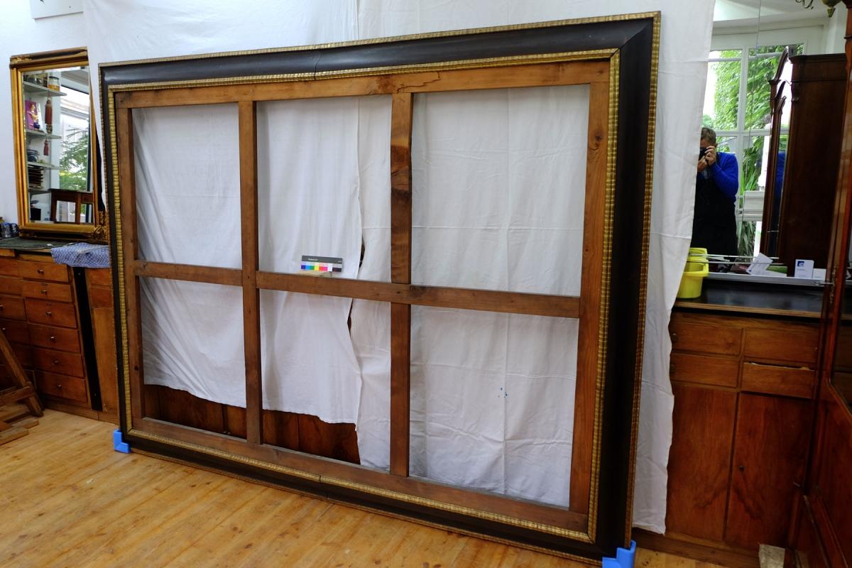 Rahmen vor der Restaurierung in unserer Werkstatt