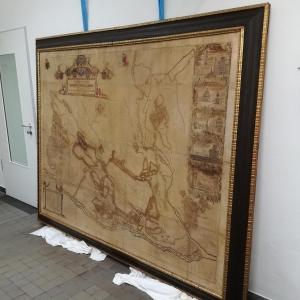 Rahmen mit Faksimile in fertigem Zustand im Depot der Staatsbibliothek