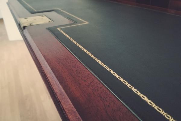 Fachgebiet Schreib- & Lederplatten | Restaurierung Beer