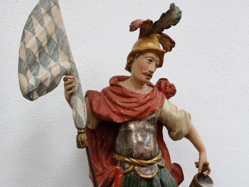 Hl. Florian nach Sicherung und zurückhaltender Retusche | Restaurierung Beer