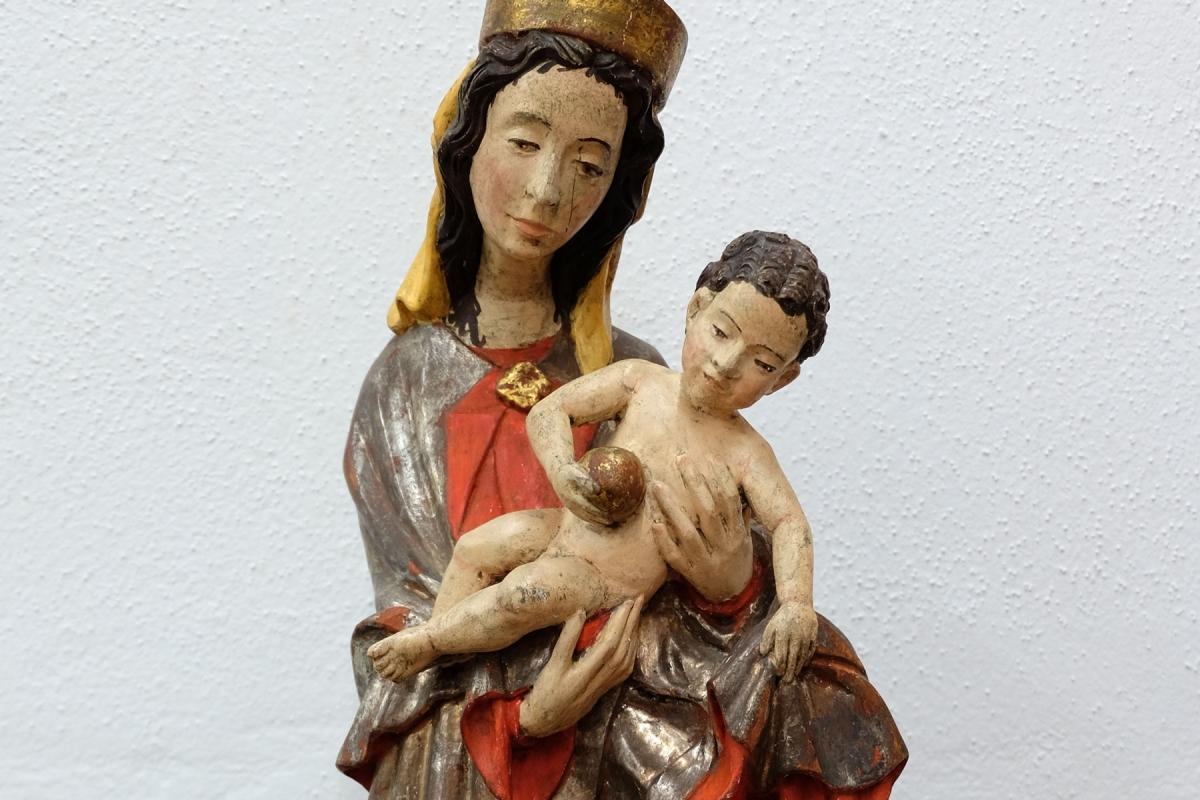 Gefasste Madonna mit Kind | Restaurierung Beer