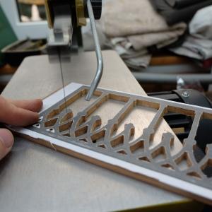 Feine Sägearbeiten im Detail