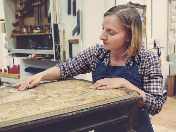 Magdalena Hartshauser | Staatlich geprüfte Restauratorin & Schreinerin
